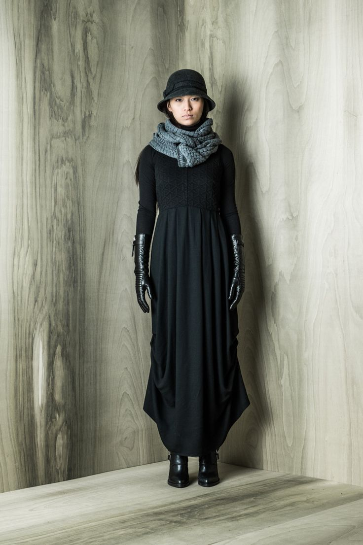 Emile dress, length adjustable with side lace with eyelets