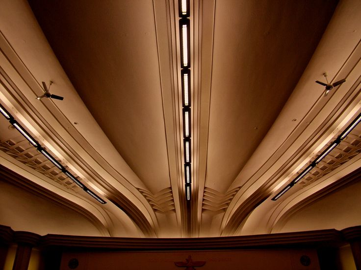 Ceiling-of-Grosvenor-cinema-rayners-lane. Harrow. UK.