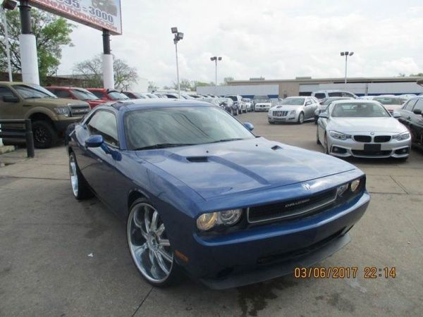 17 best ideas about used dodge charger black dodge 2010 dodge challenger