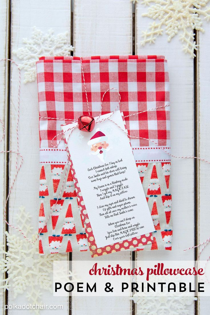 Christmas Pillowcase... start a new holiday tradition with a special Christmas Eve pillowcase, and attach this lovely poem available as a free printable!