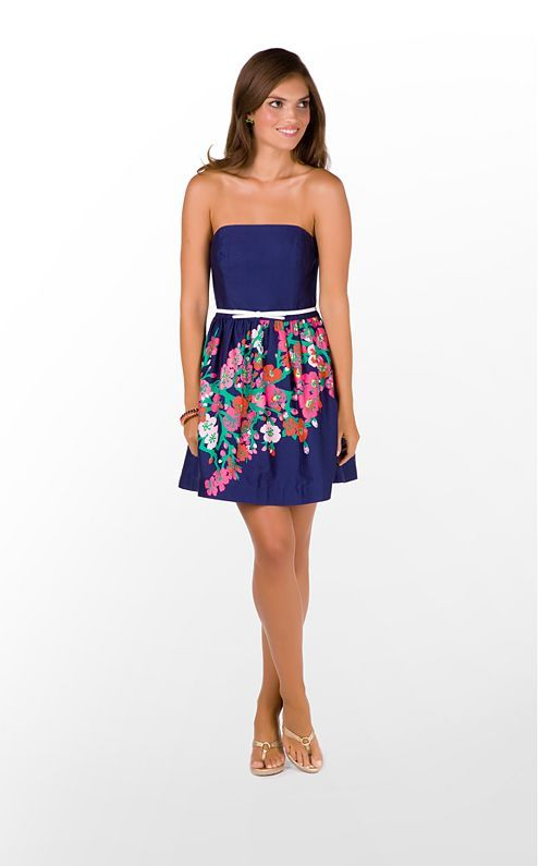 Flowers fit across the skirt perfectly!