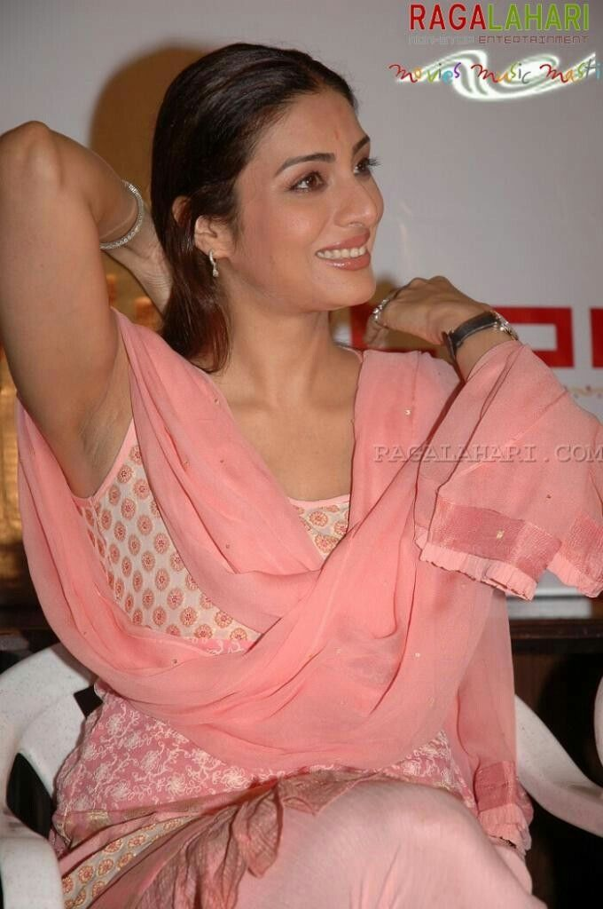 The expert, Nude bollywood actress tabu me? know