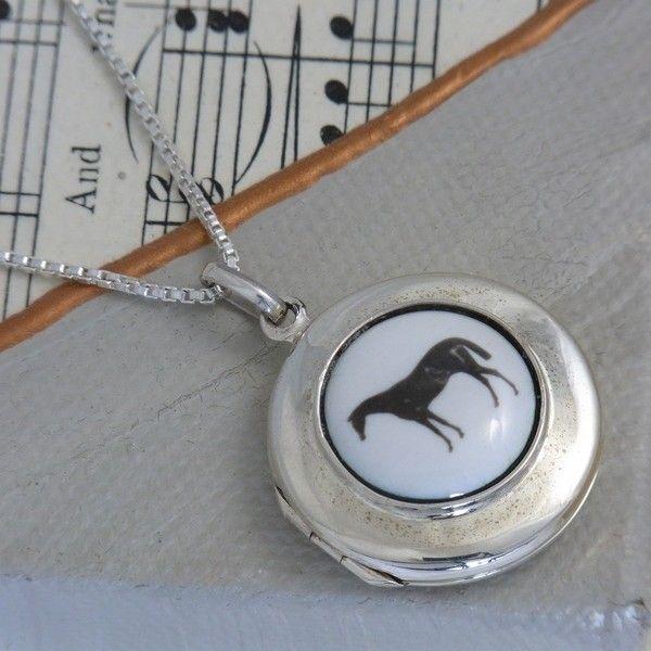 Vintage Horse Sterling Silver Locket w/chain - Sterling Silver - Jewellery