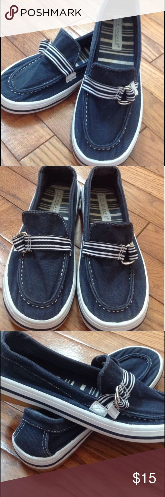 NAVY BLUE BOAT SHOES Navy and white boat shoes. Bought these on Posh and I truly love them but they are a little big on me. Comfy and cute shoes. Run true to size. I normally wear a 6 but was hoping they would work. Non smoking home. Sneaks Shoes