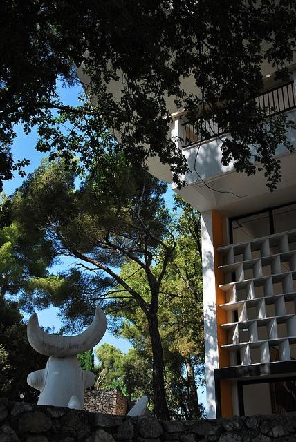Concrete brise soleil.  Fondation Maeght, by Catalan architect Josep Lluis Sert, built 1964, Saint-Paul-de-Vence, France.