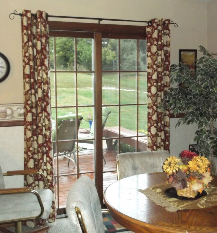 Make Elegant Decorative Curtains Using Grommets With This