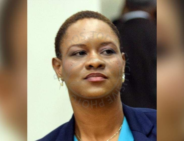 JAMAICA: Government minister patted down by immigration officials - https://www.barbadostoday.bb/2017/06/03/jamaica-government-minister-patted-down-by-immigration-officials/