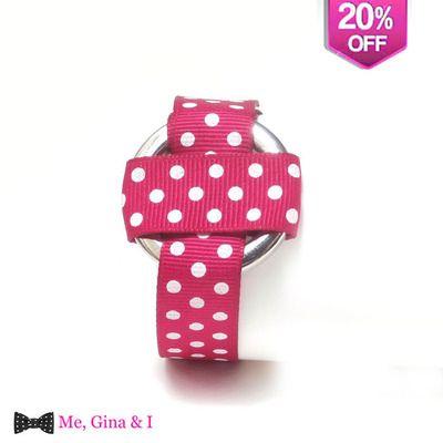 Magenta dot bracelet