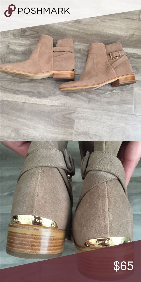 Michael Kors Ankle Boots Neutral ankle boots! Perfect height with jeans! Michael Kors Shoes Ankle Boots & Booties