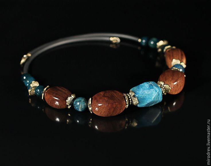 Купить Колье из древесины черного ореха, апатита и агата - подарок девушке, украшения из дерева