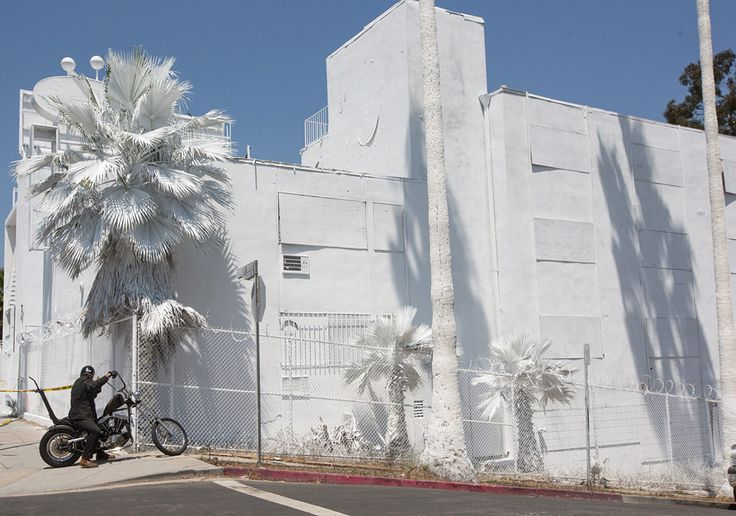 Turning Silver Lake's Neglected Bates Motel Into a Giant Public Art Piece - Public Art - Curbed LA