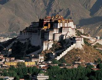 Gotta visit Potala Palace when in Tibet #travel #nepal