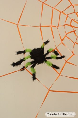 Fabriquer une toile d'araignée géante. DIY - Geant spider's web