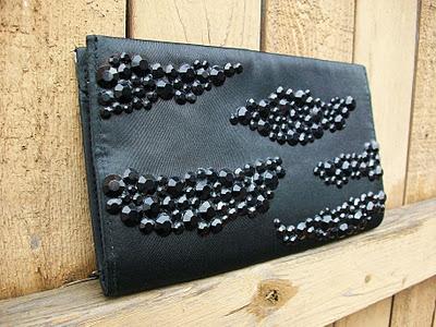 DIY Jimmy Choo Inspired Clutch by amanda-psu.blogspot #Handbag #Jimmy_Choo #DIY #amanda_psu_: Rhinestones, Clutch Tutorial, Amanda Psu Blogspot Handbag, Diy'S, Clutches, Jimmy Choo, Diy Amanda Psu