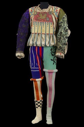 """Costume de Petruccio dans """"La Mégère apprivoisée"""" front view - Google Arts & Culture"""