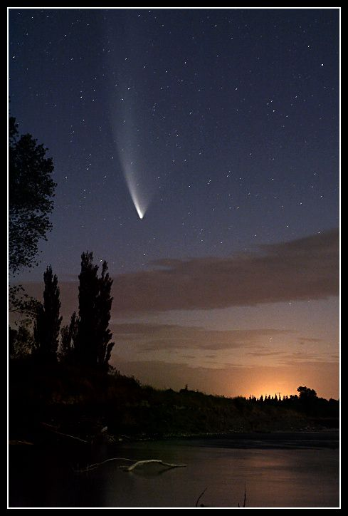 Comet McNaught over the Rangitikei  River,Manawatu, New Zealand