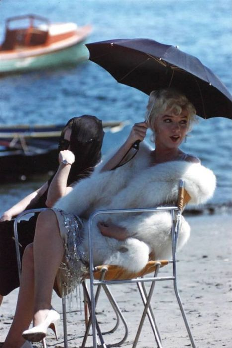 Marilyn Monroe on the set of Some Like It Hot (1959).