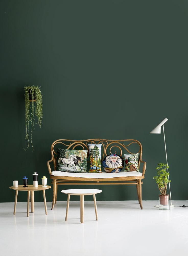 Susanna Vento + Kristiina Kurronen for Deko – Husligheter.se - great accent wall color