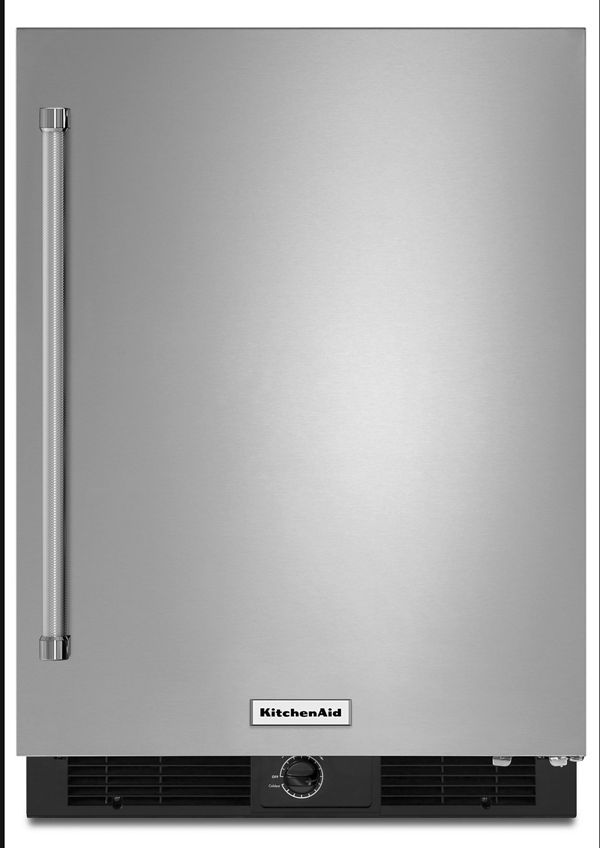 Stainless Steel 24 Undercounter Refrigerator With Stainless Steel Door Kurr104esb Kitchenaid Steel Doors Stainless Steel Doors Undercounter Refrigerator
