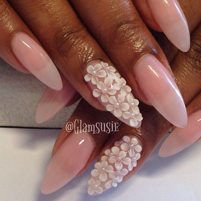 nails.quenalbertini: Instagram photo by Glamsusie