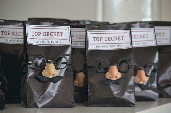 Die Süßigkeiten-Tüte für die Detektiv-Party!
