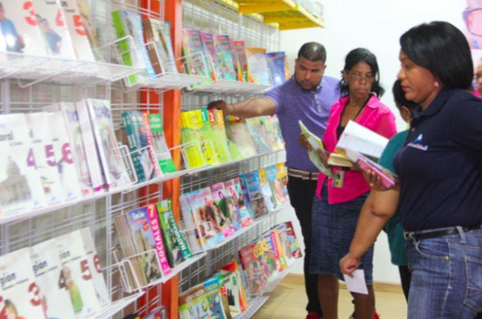 """Atención: """"Sábado y domingo negros"""" En la Feria del Libro con ejemplares a 100 pesos"""