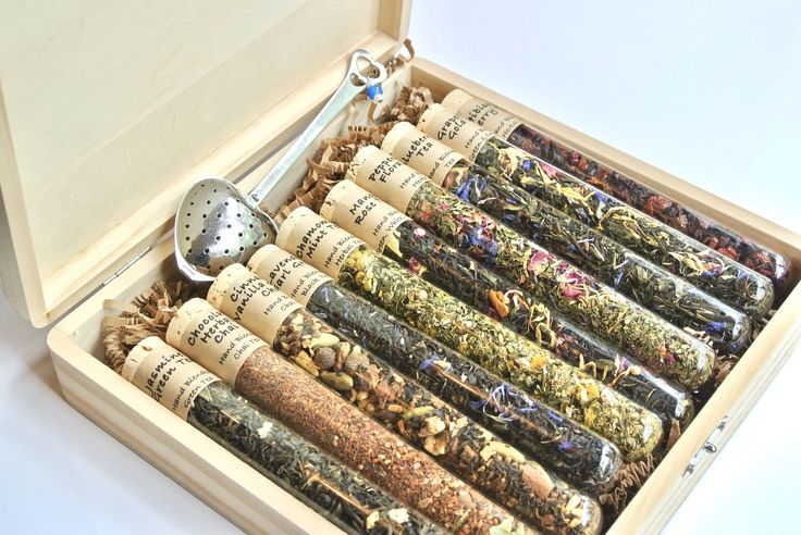 Tea Sampler Gift Set- 10 Test Tubes of Loose Leaf Tea in Wood Gift Box, Tea Infuser, Housewarming, Mad Hatter Tea Party, Science Tea Gift by TrioArtisanDesigns on Etsy