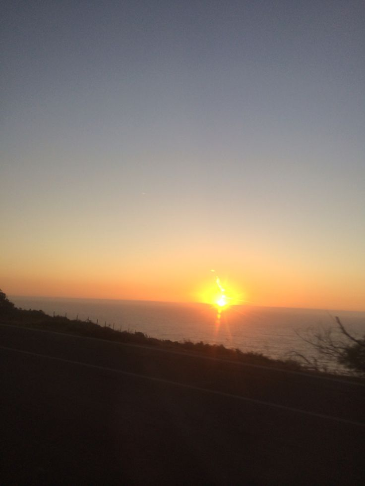 Puesta de sol, salida sur de Cachagua