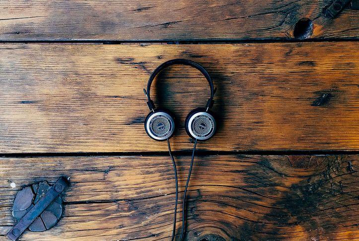 Mat Music with Kelynn: Hivernal Beats