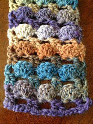 Illuminate Crochet: Boxed Shell Scarf