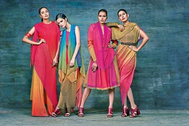 Tarun Tahiliani's Spring/Summer 2016 collection campaign has multiple models.
