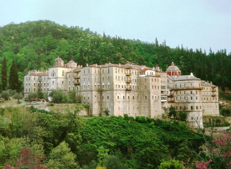 Η Ιερά Μονή Ζωγράφου. Εξωτερική άποψη. - Holy Monastery of Zographou. External view.