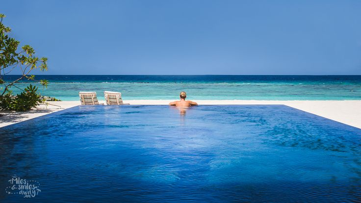 Cheval Blanc Randelhi and its unbelievable large pool.