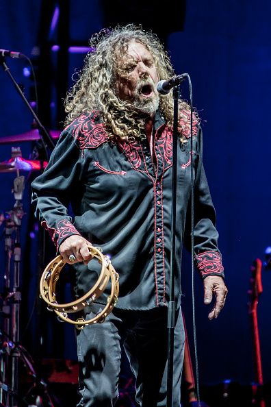 RobertPlant performs live with the Sensational Space Shifters at Assago Summer Arena for the Street Music Art Festival on July 20, 2016 in Milan, Italy. (Photo by Sergione Infuso/Corbis via Getty Images).