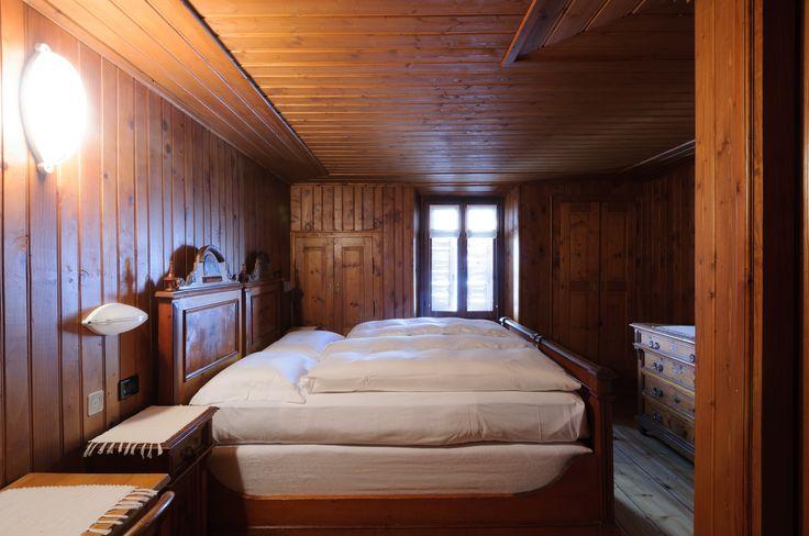 Albergo della Posta Montespluga A unique spot in the middle of the Alps http://www.amenityadvisor.com/wp/albergo-della-posta/