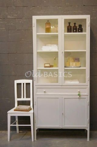 25 beste idee n over lichtgrijze badkamers op pinterest kleine grijze badkamers badkamer - Grijze kleur donkerder ...
