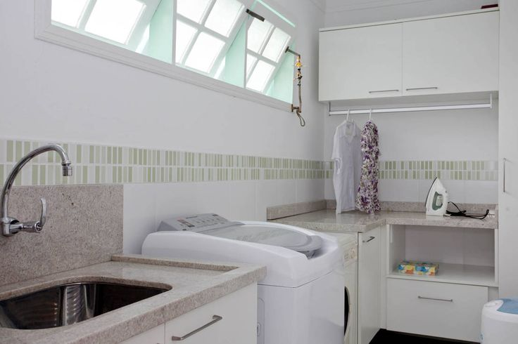 Lavanderia : Bagno eclettico di CMSP Arquitetura + Design