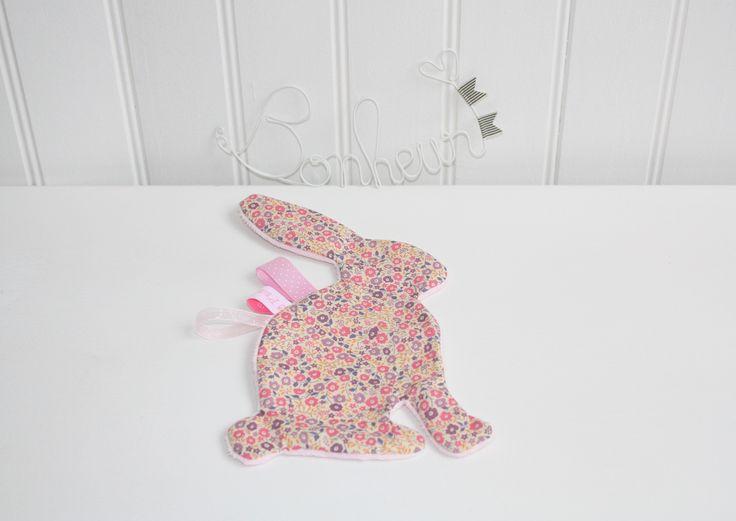 Doudou plat lapin tout doux Liberty Fairford rose : Jeux, peluches, doudous par 3-p-tites-fleurs