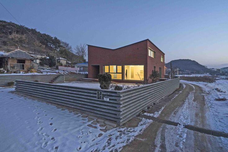 Gallery of Anmyeondo House / JYA-RCHITECTS - 14