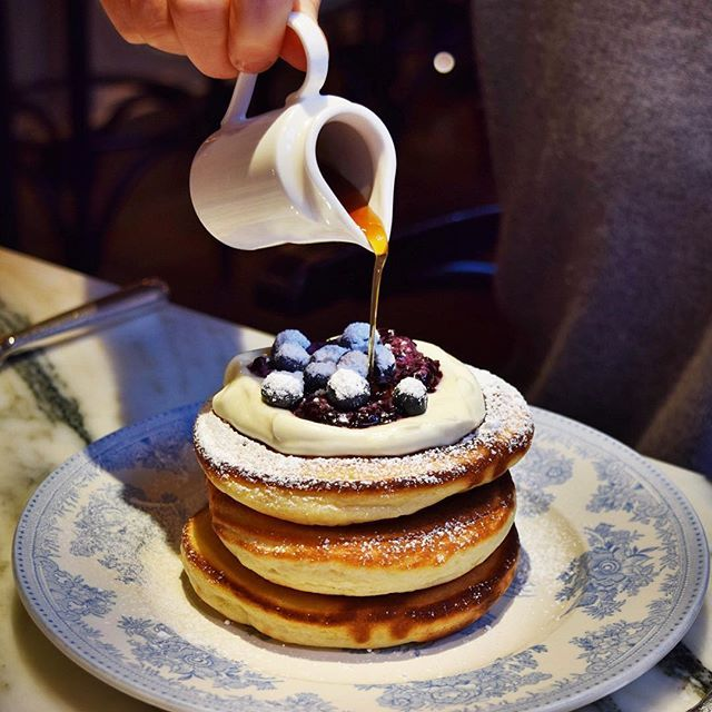 breakfast at The Chiltern Firehouse