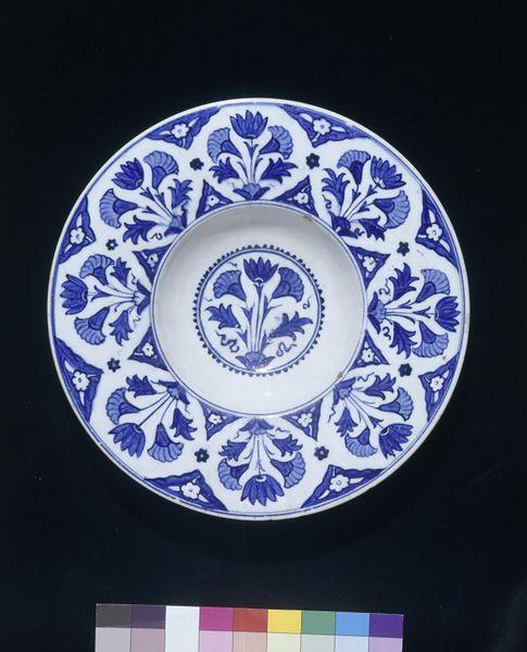 Dish      Place of origin:      Iznik, Turkey (probably, made)     Date:      1535-1545 (made)     Artist/Maker:      Unknown (pro...