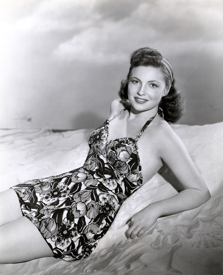Joan Leslie (born January 26, 1925, Detroit, Michigan) was an American actress.