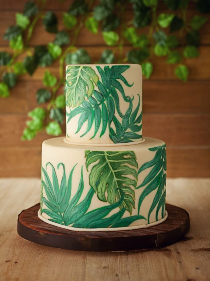 water color wedding cake for rustic wedding | http://www.bridestory.com/cakeshop-by-sonja/projects/tropical-rush