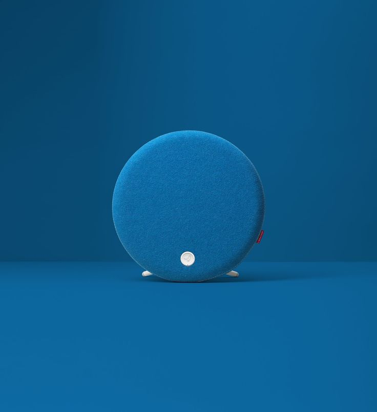 LOOP | Libratone. The manner in which they have presented this color option is sublime.