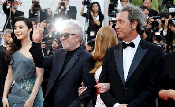 Zlatou palmu z Cannes má Švédsko, z herců vyhráli Phoenix a Krugerová