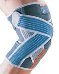 Deze ligamentaire kniebrace met strapping met functionele banden voor inzet bij lichte verstuikingen en ondersteuning van de patella tijdens het sporten -