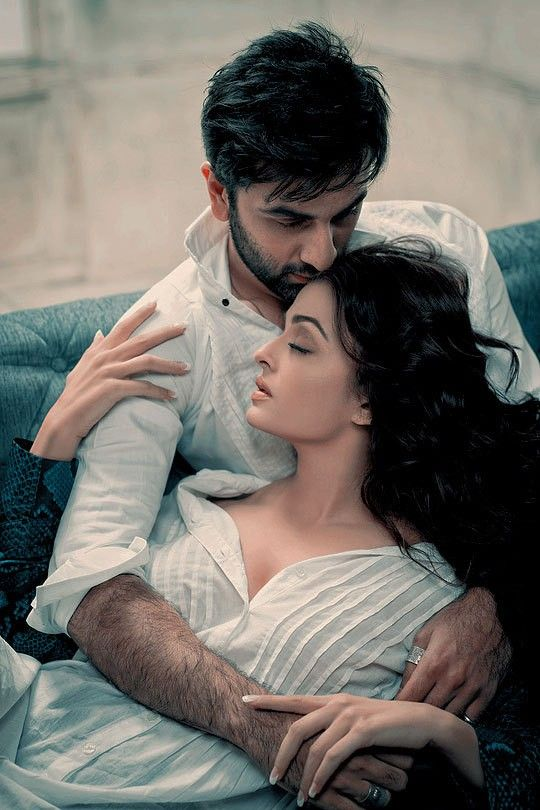 Pin By Burzo Dosti On Fashion In 2019 Couple Photography Poses
