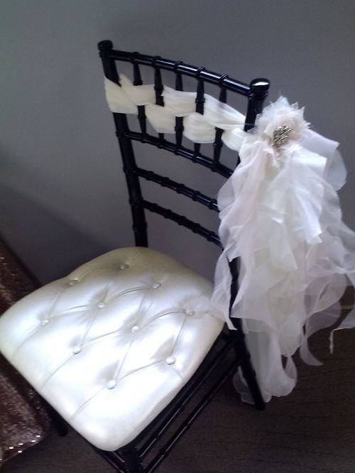 #www.luxeeventlinen.com  www.tablescapesbydesign.com https://www.facebook.com/pages/Tablescapes-By-Design/129811416695