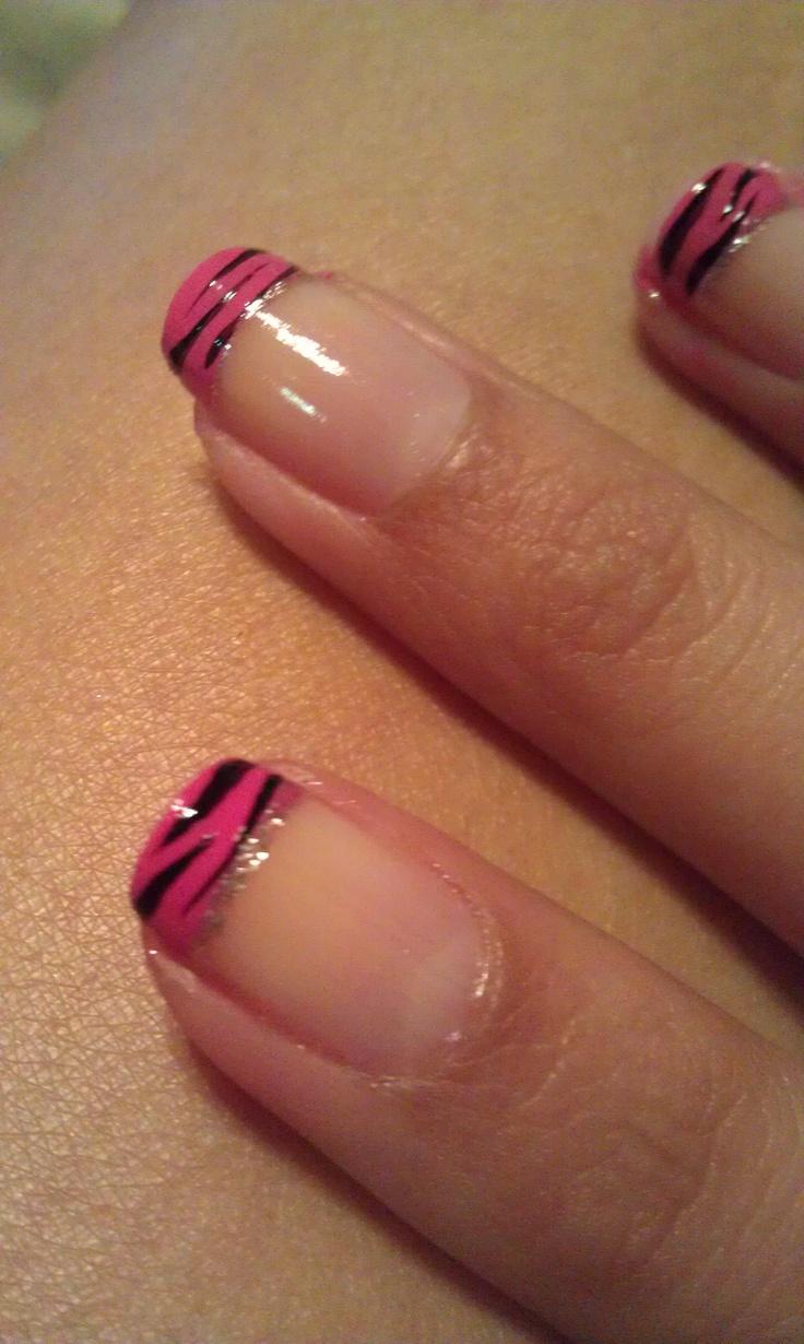 my zebra print nails :)