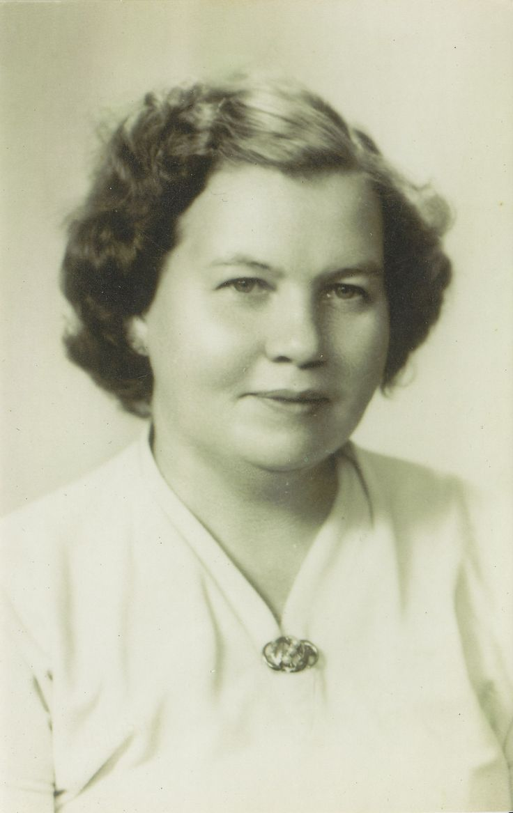 My aunt Aliisa Bach formerly Asikainen, She is my dad's sister. Both she and my father are now deceased.